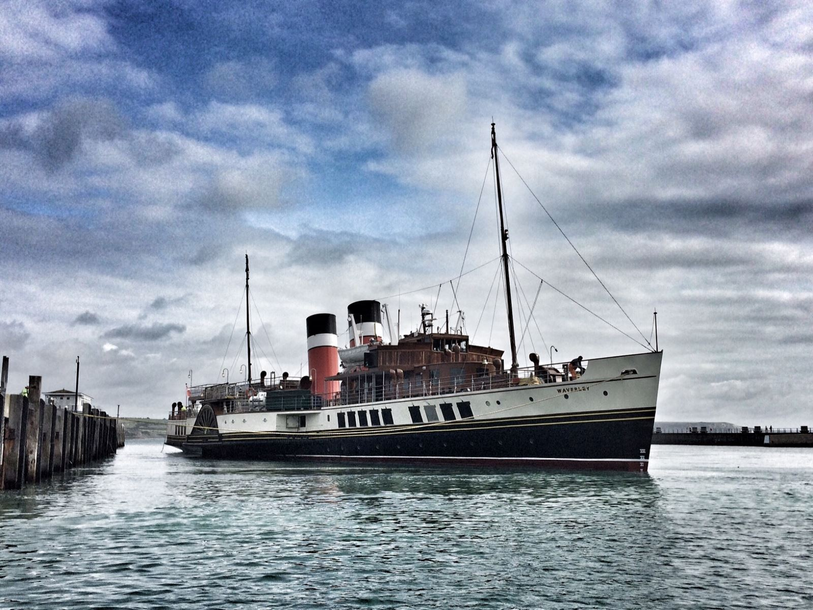 Waverley Paddlesteamer in Weymouth Harbour